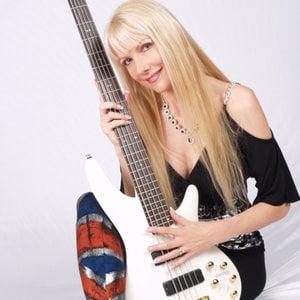 Profile picture for Julia Larsen