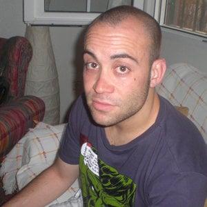 Profile picture for César F.