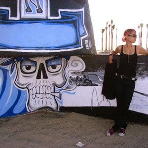 Profile picture for Roxy Danae