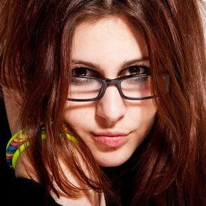 Profile picture for Svetlana Le}{