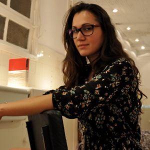 Profile picture for Valeska Bittencourt
