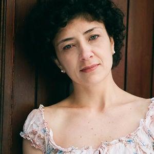 Profile picture for Roberta Alves