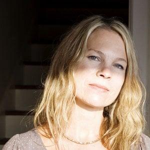 Profile picture for Dayna Hanson