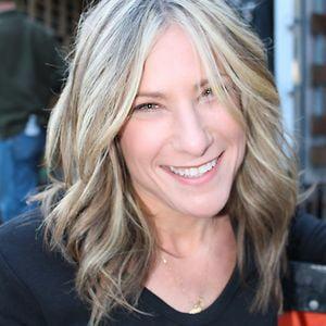 Profile picture for Lauren Deen