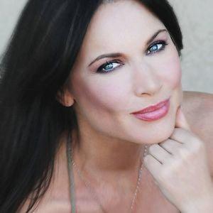 Profile picture for LeeAnne Locken