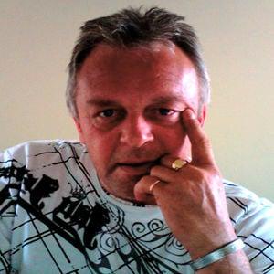 Profile picture for Tim Riggs