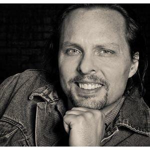 Profile picture for Ron Ravensborg