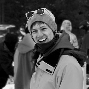 Profile picture for Riley Carson