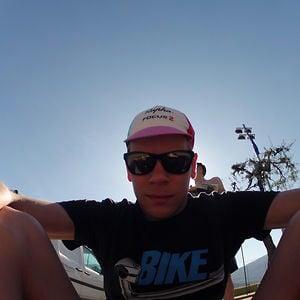 Profile picture for szymonbike