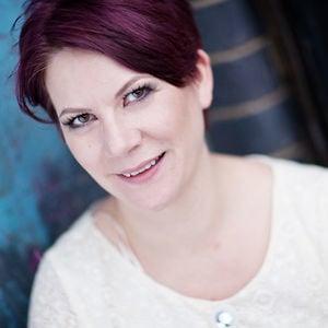 Profile picture for Eliza Claire