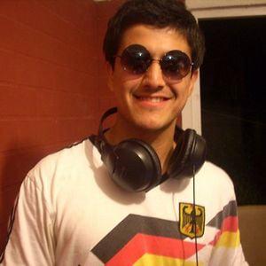 Profile picture for Felipe Morales
