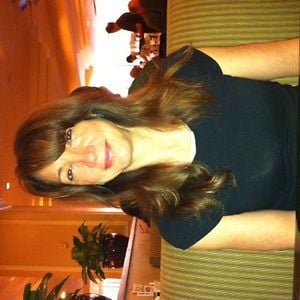 Profile picture for Lynda