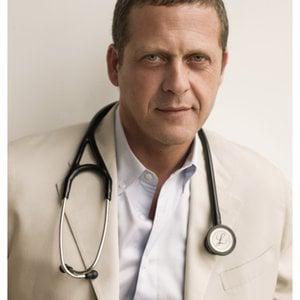 Profile picture for Dr. Alejandro Junger