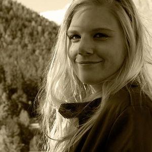 Profile picture for Britte van der Pouw