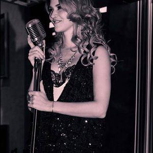 Profile picture for Anahi De Cardenas Oficial