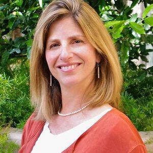 Profile picture for Deborah Tutnauer