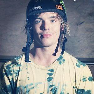 Profile picture for Nicky van der Veen