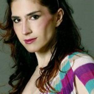 Profile picture for Ana Cris Rezende