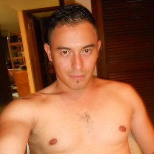 Profile picture for Roberto Corvalanz