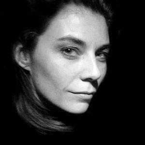 Profile picture for La fille de la vidéo