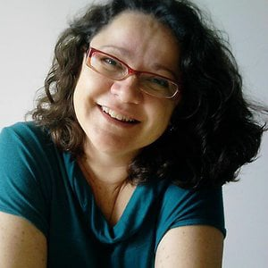 Profile picture for Edna GFaria