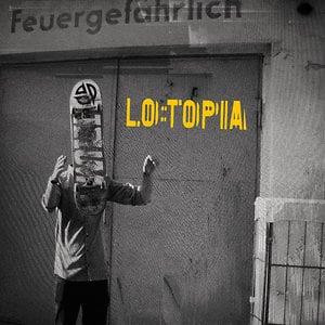 Profile picture for lo:topia