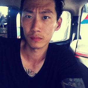 Profile picture for Li seok(이석)