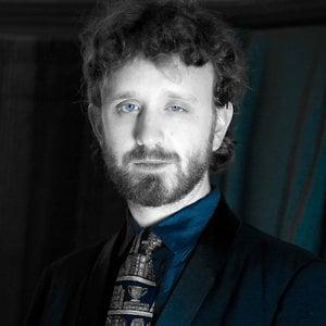Profile picture for Darwin Carlisle