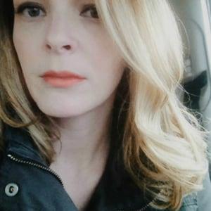 Profile picture for Caroline Urdaneta
