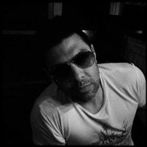 Profile picture for Ari Pereira