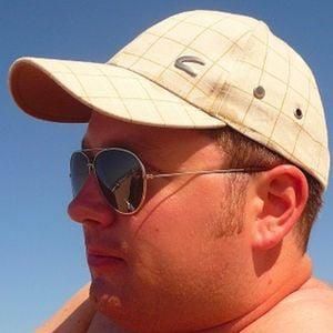 Profile picture for Larsen
