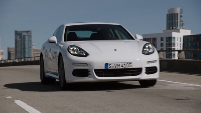 Porsche // Panamera Hybrid