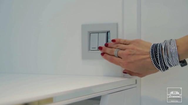 Luxmasons rotating closet