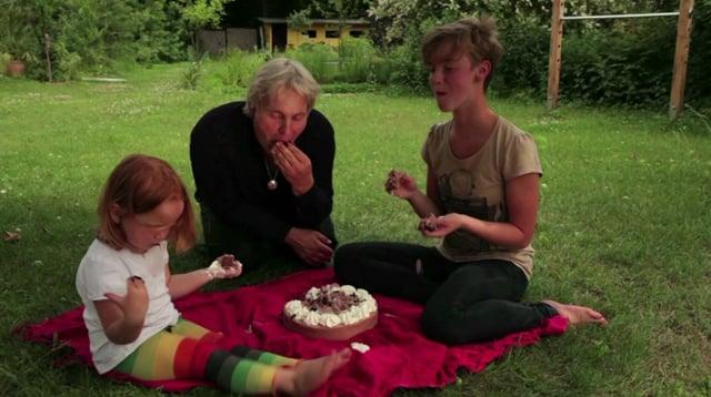 KiH V001 - Karte 5 Kuchen mit den Händen essen