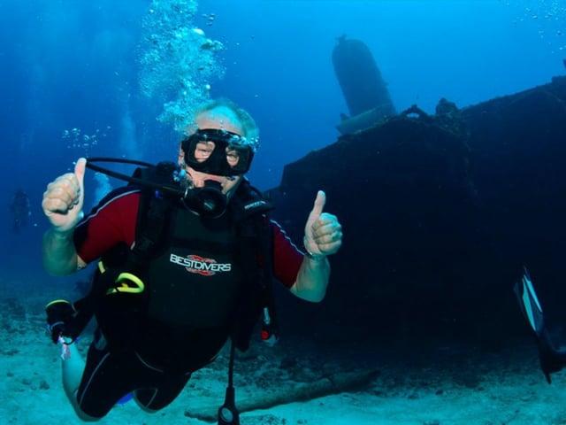 Cancun Wreck Diving (shipwrecks)