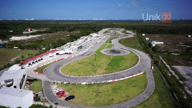 Exotic Cars Cancun (Hot lap) - Exotic Rides Cancun Mexico