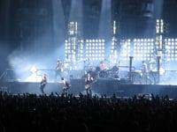 Video: Rammstein - Du Hast (Live, Globen, Stockholm 2010)