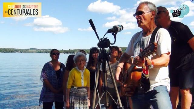 DECIZE FAIT SA TELE aux SETTONS. Merci les musiciens de Jean Michel GRANDJEAN, improvisation avec le public de la plage.
