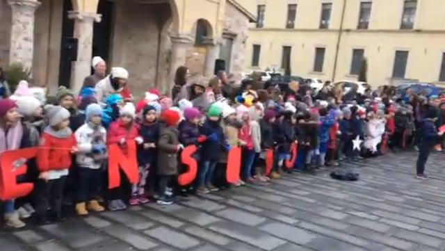 Coro in Piazza San Domenico 21-12-2016