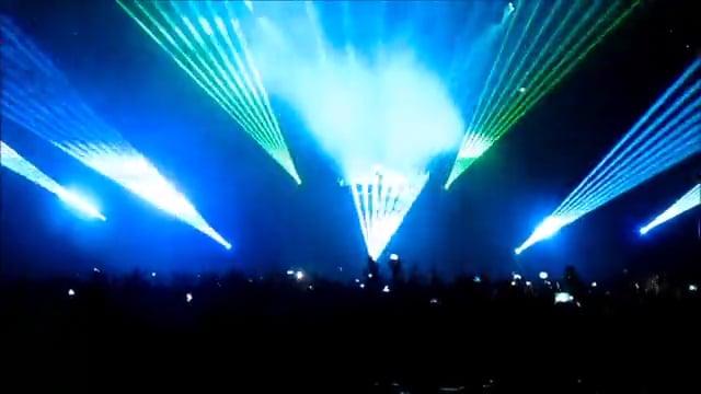 Lazerių šou David Guetta koncerte Rygoje