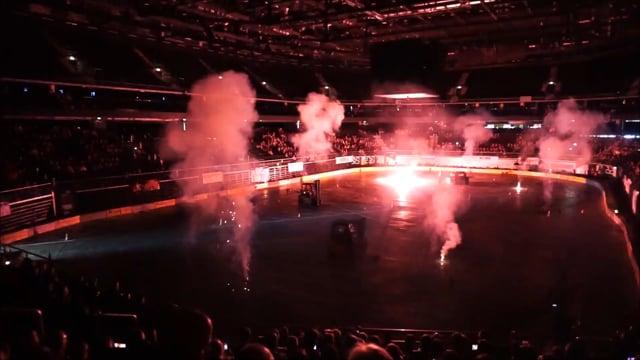 Pirotechnikos pasirodymas Arena motor show
