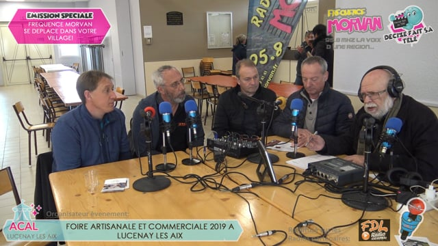 FOIRE ARTISANALE ET COMMERCIALE DE LUCENAY LES AIX - BATIMENT MOTOCULTURE