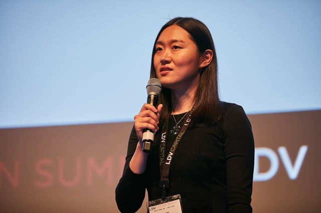 Xiao Ma - Understanding Image Quality and Trust in Peer-to-Peer Marketplaces