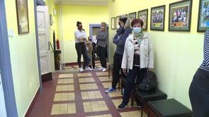 Na ZŠ Vrchlického v Radvanicích otestovali učitele na covid 19