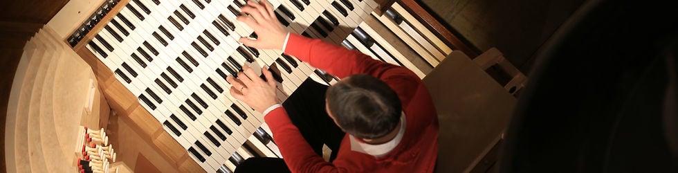 Celebrating a pipe organ fully restored at a parish church in Brooklyn