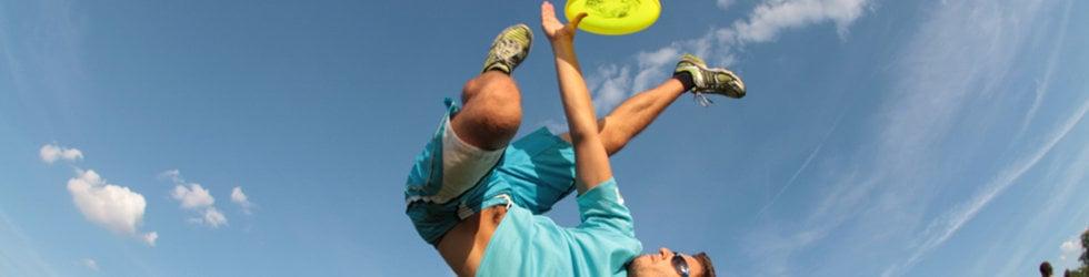 Acrobatic Frisbee Team