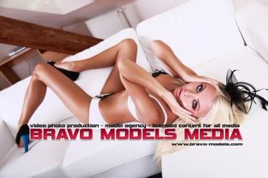 Kristina Bravo CHANNEL