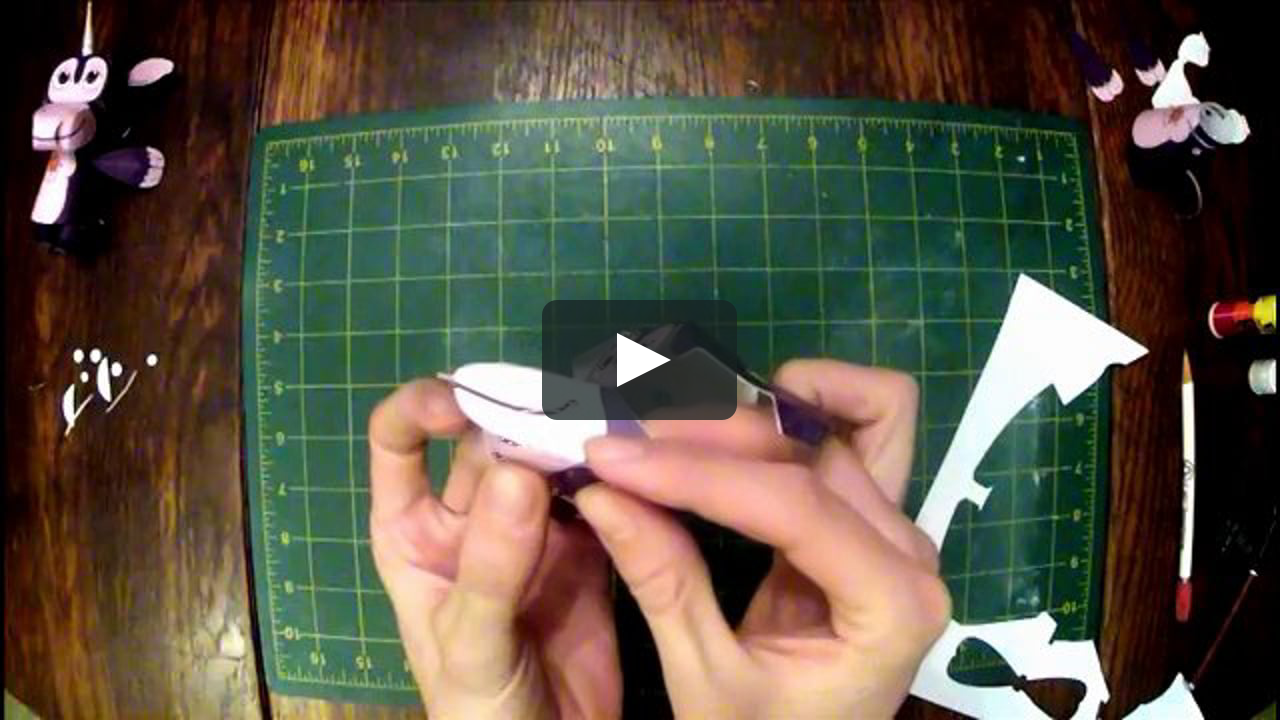 Papercraft Paragon Paper Toy Assembly Demo