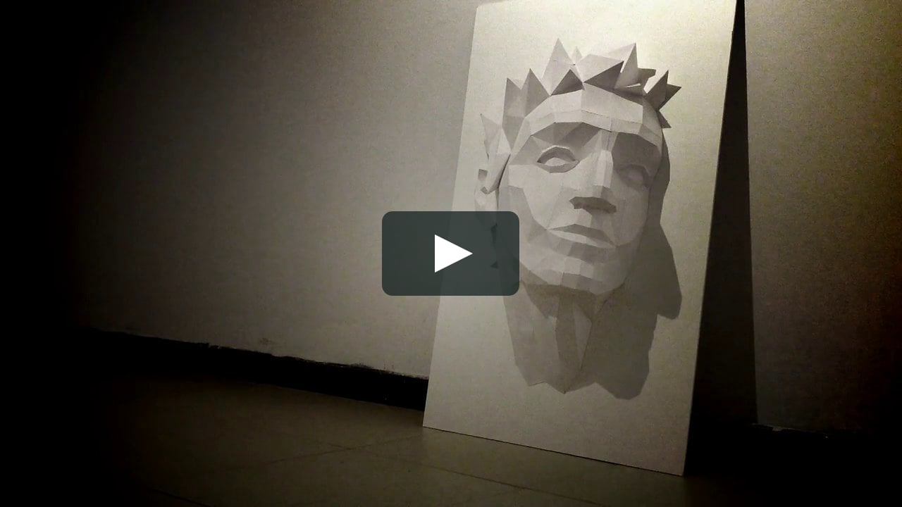 Papercraft Applause: self-portrait video mapping