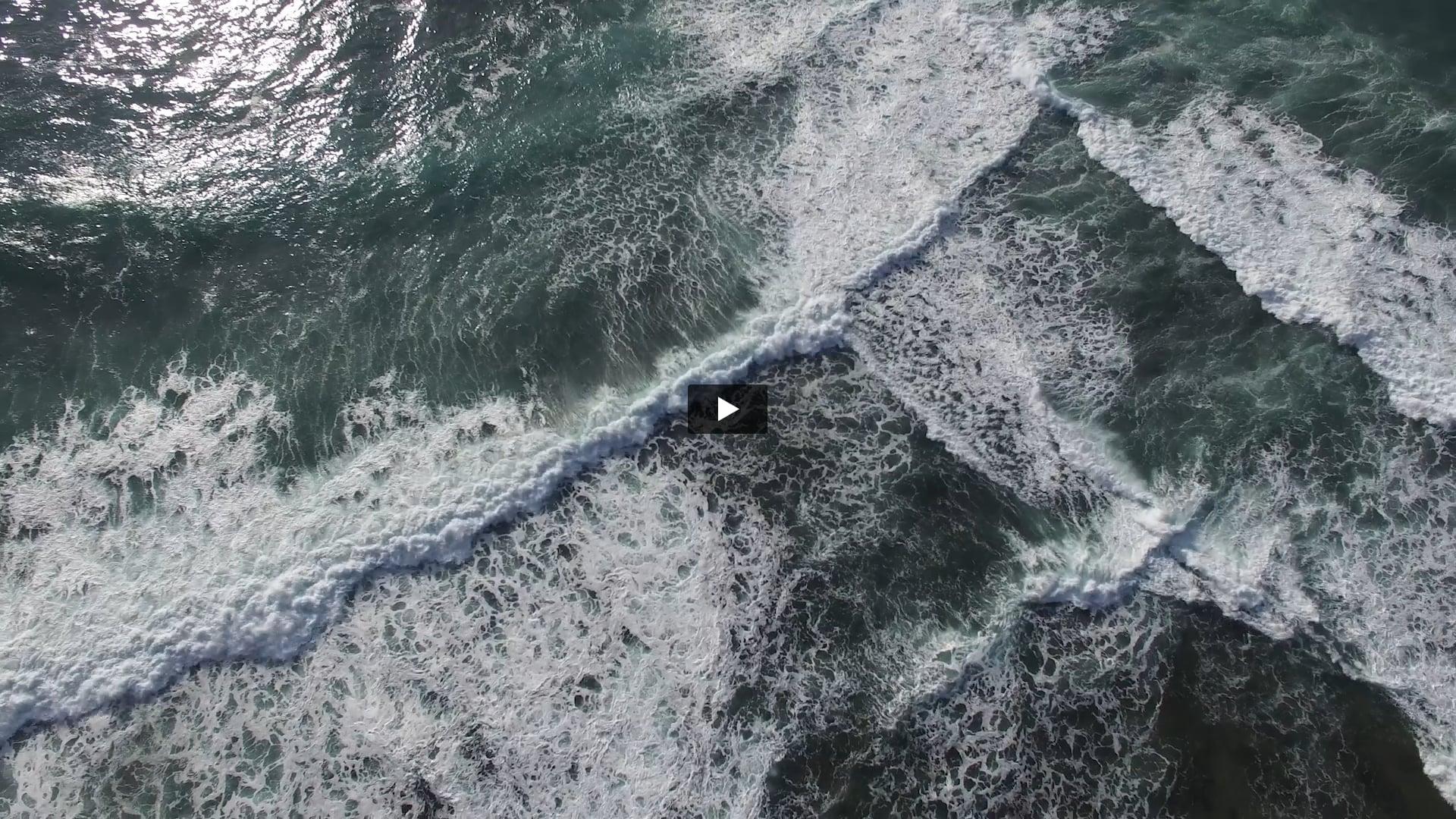 La Spiaggia, Aquabumps artwork installation at Icebergs